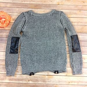 6f333b6a4 Romeo   Juliet Couture Sweaters - Romeo + Juliet Couture Elbow Patch Chunky  Sweater